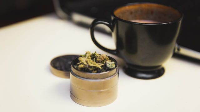 https://mugglehead.com/wp-content/uploads/2019/02/cannabiscoffee-640x360.jpg