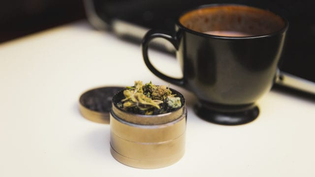 https://mugglehead.com/wp-content/uploads/2019/04/coffeemarijuana-640x360.jpg