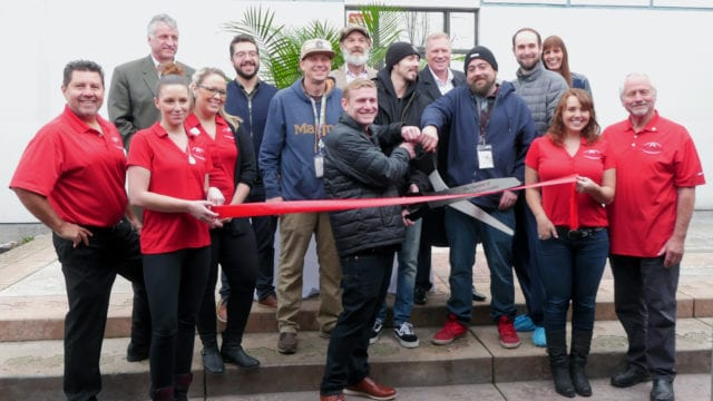 https://mugglehead.com/wp-content/uploads/2019/12/Acreage-Oregon_Ribbon-Cutting-1-640x360.jpg
