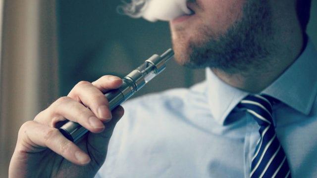 https://mk0muggleheadfl9s2sr.kinstacdn.com/wp-content/uploads/2020/01/1599px-E-Cigarette-Electronic_Cigarette-E-Cigs-E-Liquid-Vaping-Cloud_Chasing-Vaping_at_Work-Work_Vaping_16348997445-640x360.jpg