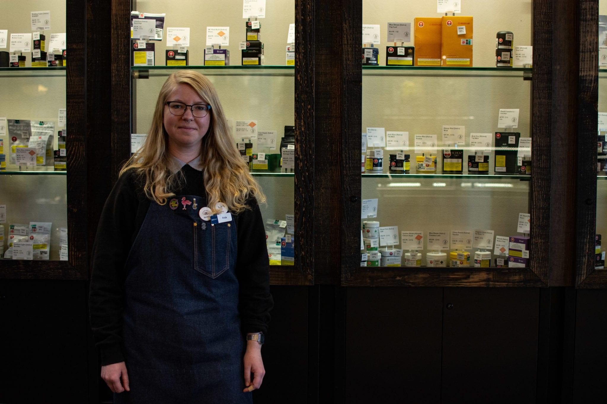 Consumers and companies embrace cannabis retail rush before expected mass shutdown - Frida Hallgren
