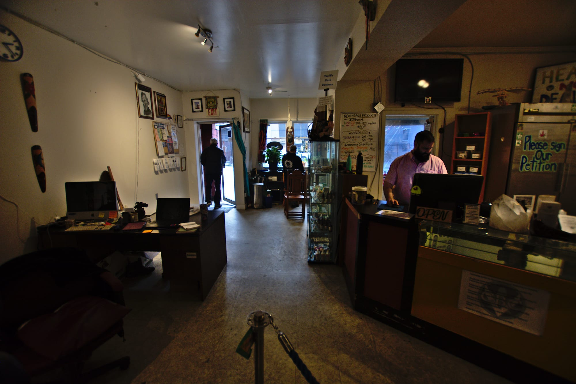 BC's weed business guide crentralizes key info but does little to dismantle barriers to entry