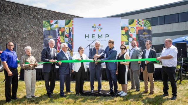 https://mugglehead.com/wp-content/uploads/2020/07/canopy-growth-hemp-ny-cbd1-640x360.jpg