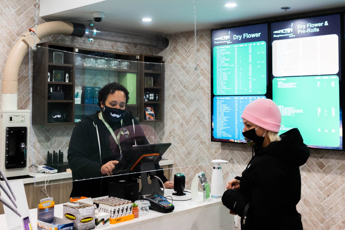 Canadian cannabis sales increased 120% in 2020 to $2.6B