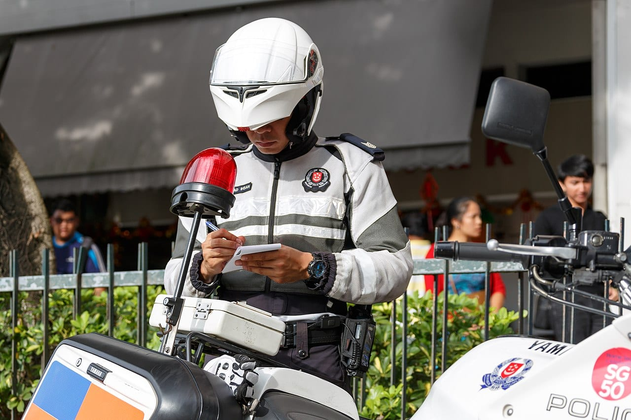 Singapore is the worst place in the world to smoke weed - police officer issuing ticket
