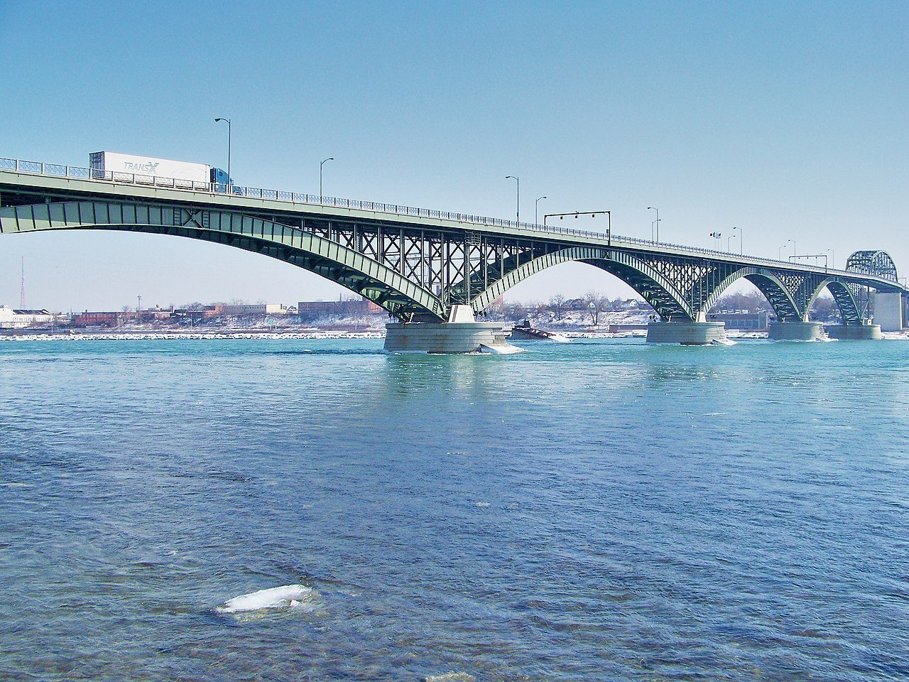22-year-old Canadian pleads guilty to smuggling weed to US - Peace Bridge