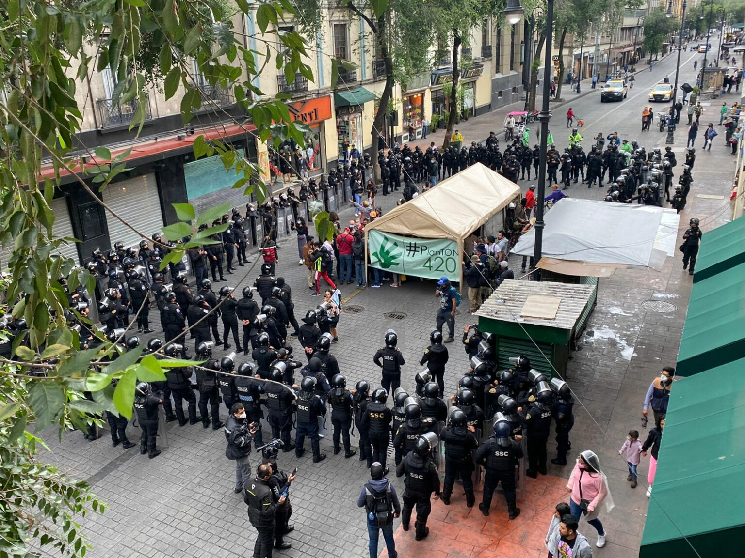 Mexico city police detain cannabis activists marching to Supreme Court
