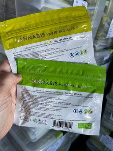 Packages of cannabis in Uruguay